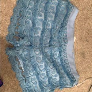 Cute bourrique lace detail shorts